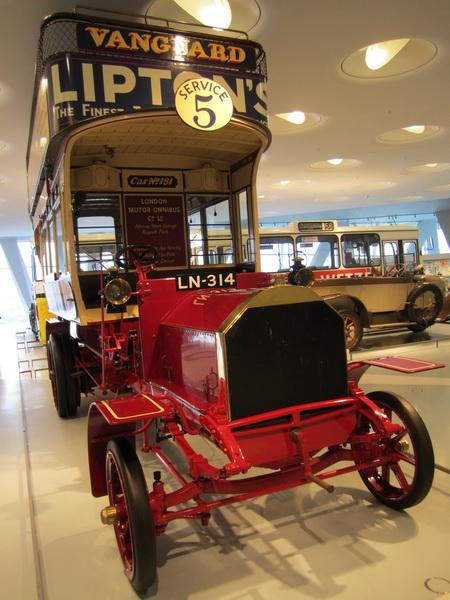 Englischer Doppelstock-Bus