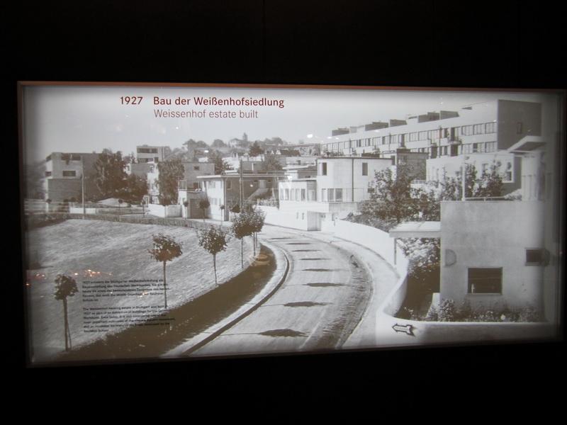 1927 Bau der Weißenhofsiedlung