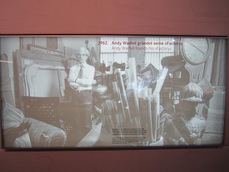 1962 Andy Warhol gründet seine Factory