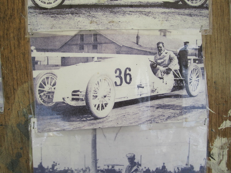 Steam Powered Racing Car Whistling Billy
